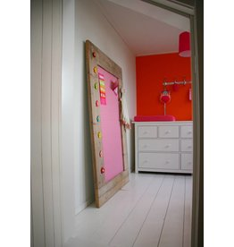 Prikbord steigerhout extra groot (XL) roze