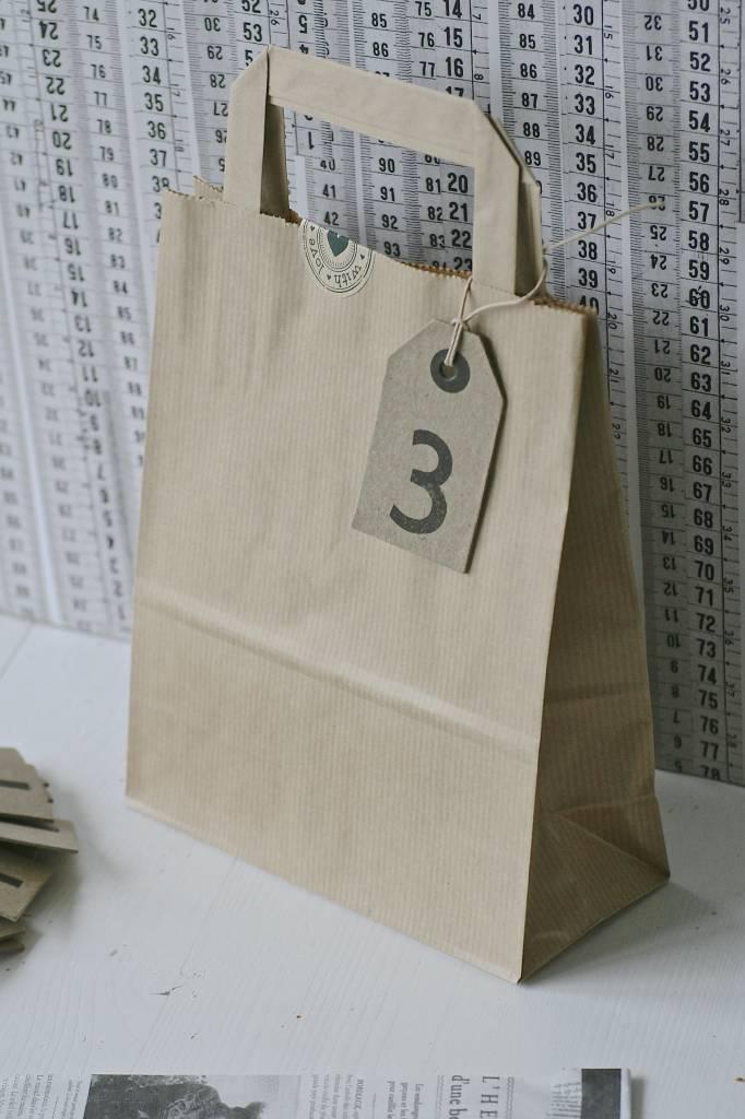 Papieren draagtasjes 18x8cm bruin, 5 stuks