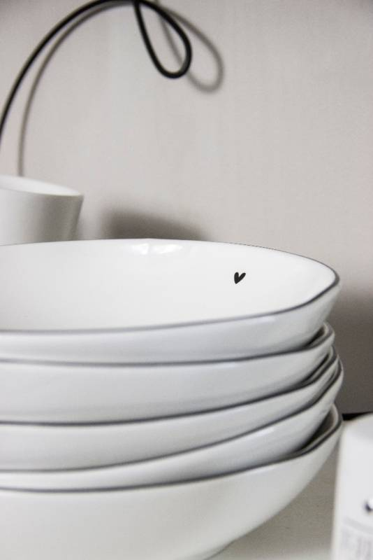 Bastion Collections Soup or pasta Plate White/ little heart in black