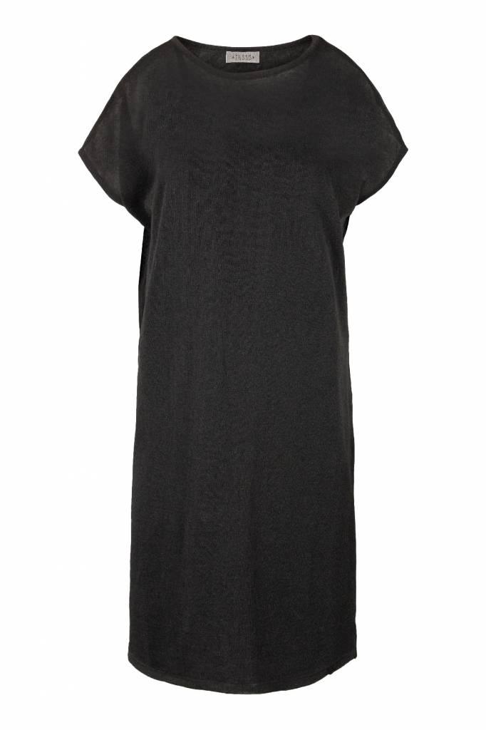 Zusss fijngebreid luchtig jurkje off-black