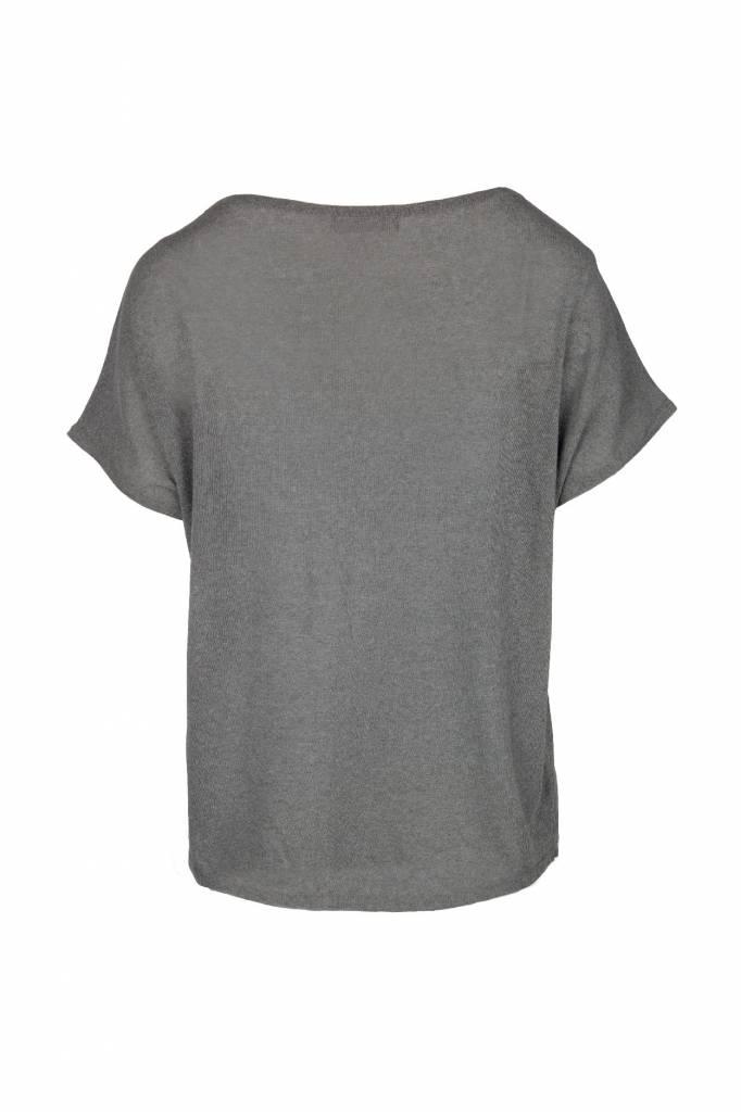 Zusss fijngebreid luchtig t-shirt grijs-groen