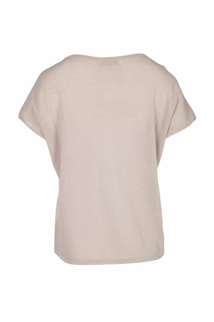 Zusss fijngebreid luchtig t-shirt zand