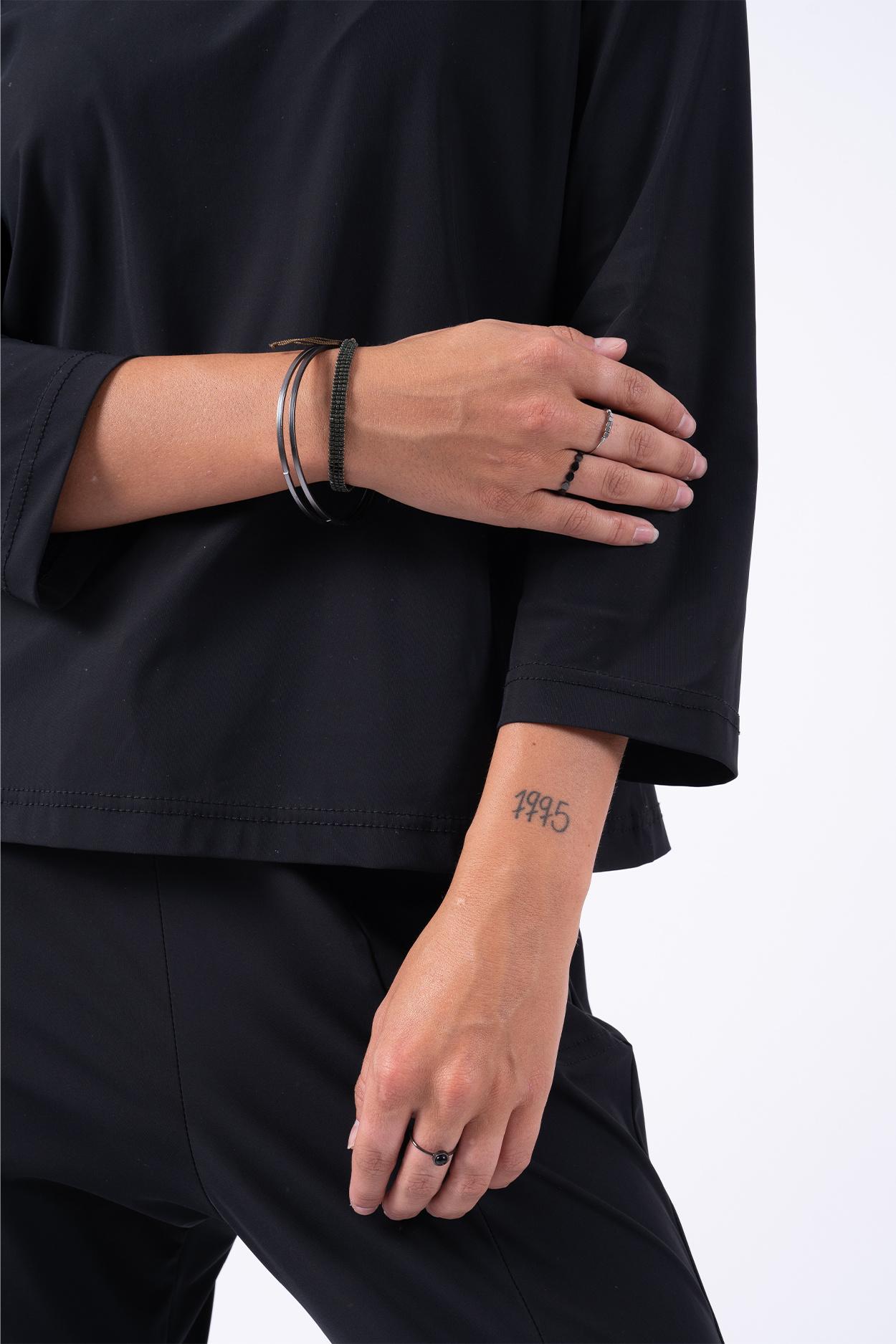 Zusss ronde armband met hangertje - black steel