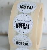 Ronde sticker 'hiep hiep HOERA' wit/zwart, 10st
