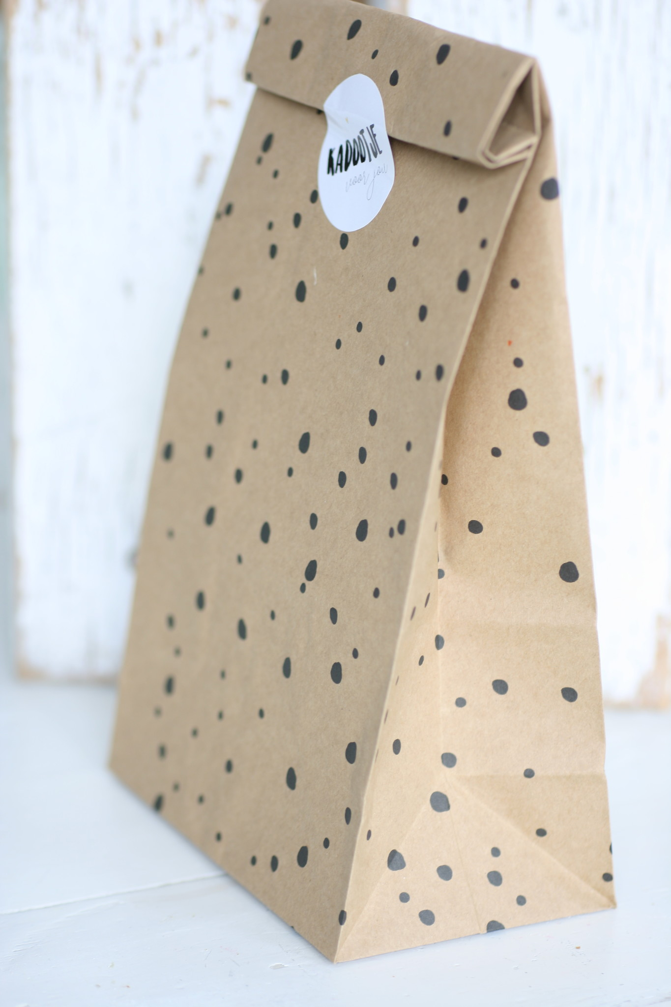 Papieren blokbodemzak dots zwart, 10 stuks