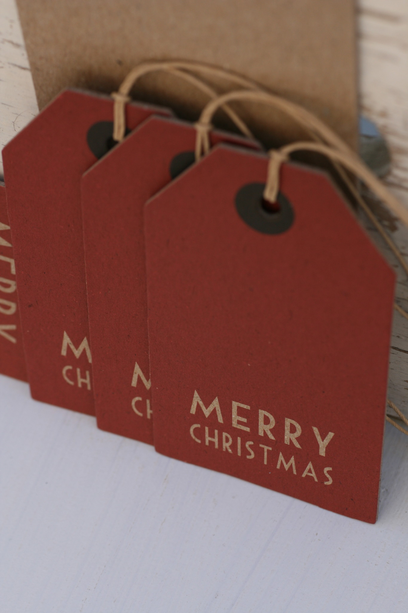East of India Label rood groot Merry Christmas, 11x6cm