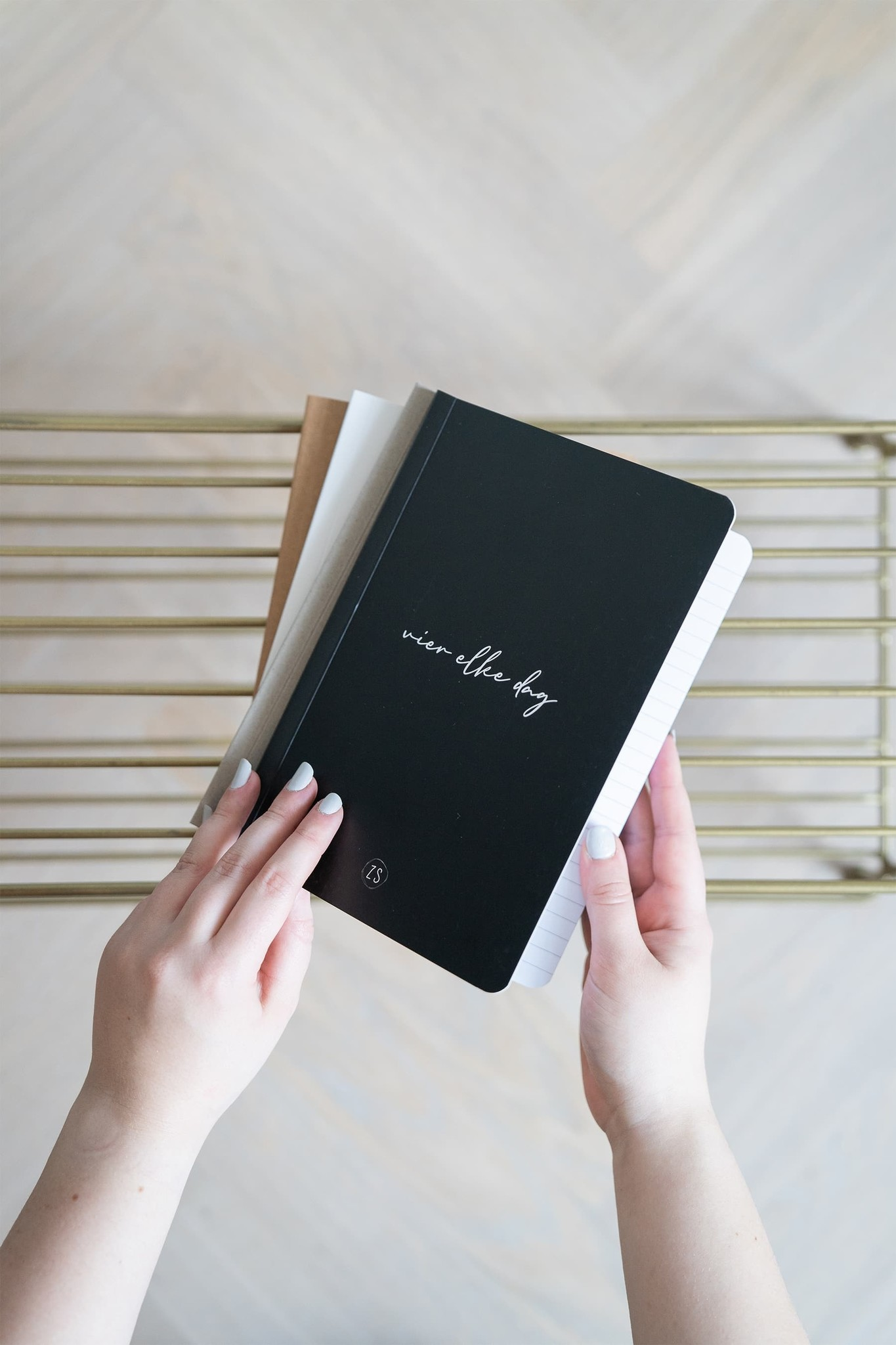 Zusss Schriftje vier elke dag - zwart