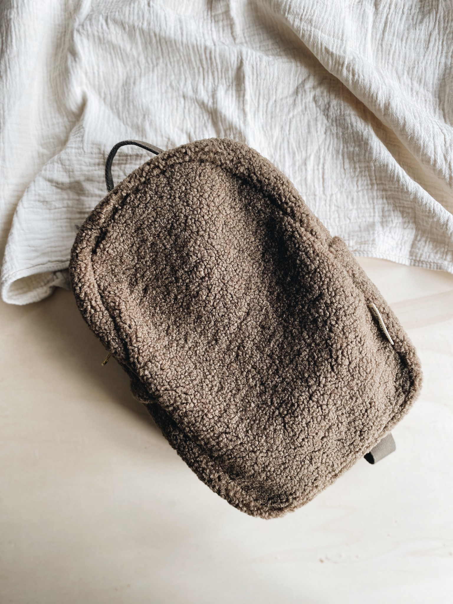 Studio Noos bruine teddy mini backpack