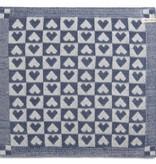 Knit Factory Gebreide keukendoek 'klein hartje' ercu/jeans 50x50cm