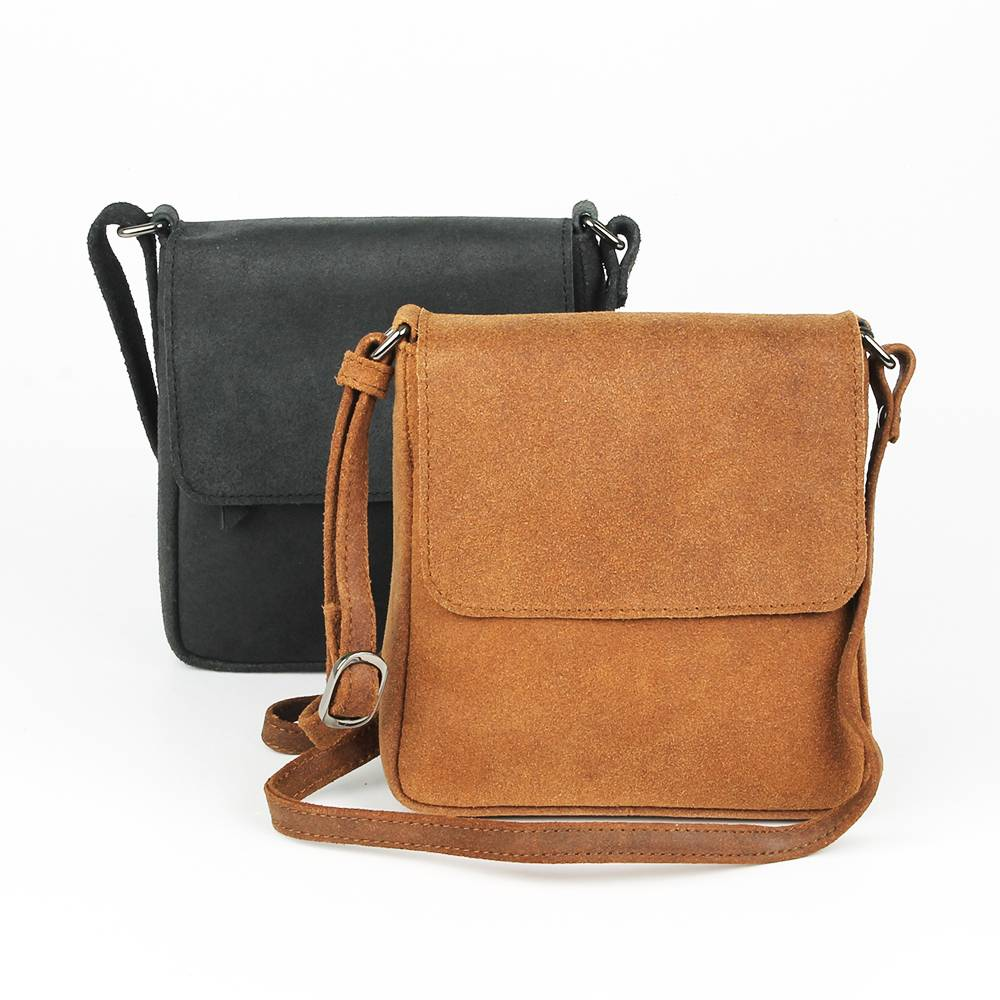 Handgemaakte schoudertassen van geschuurd leer!
