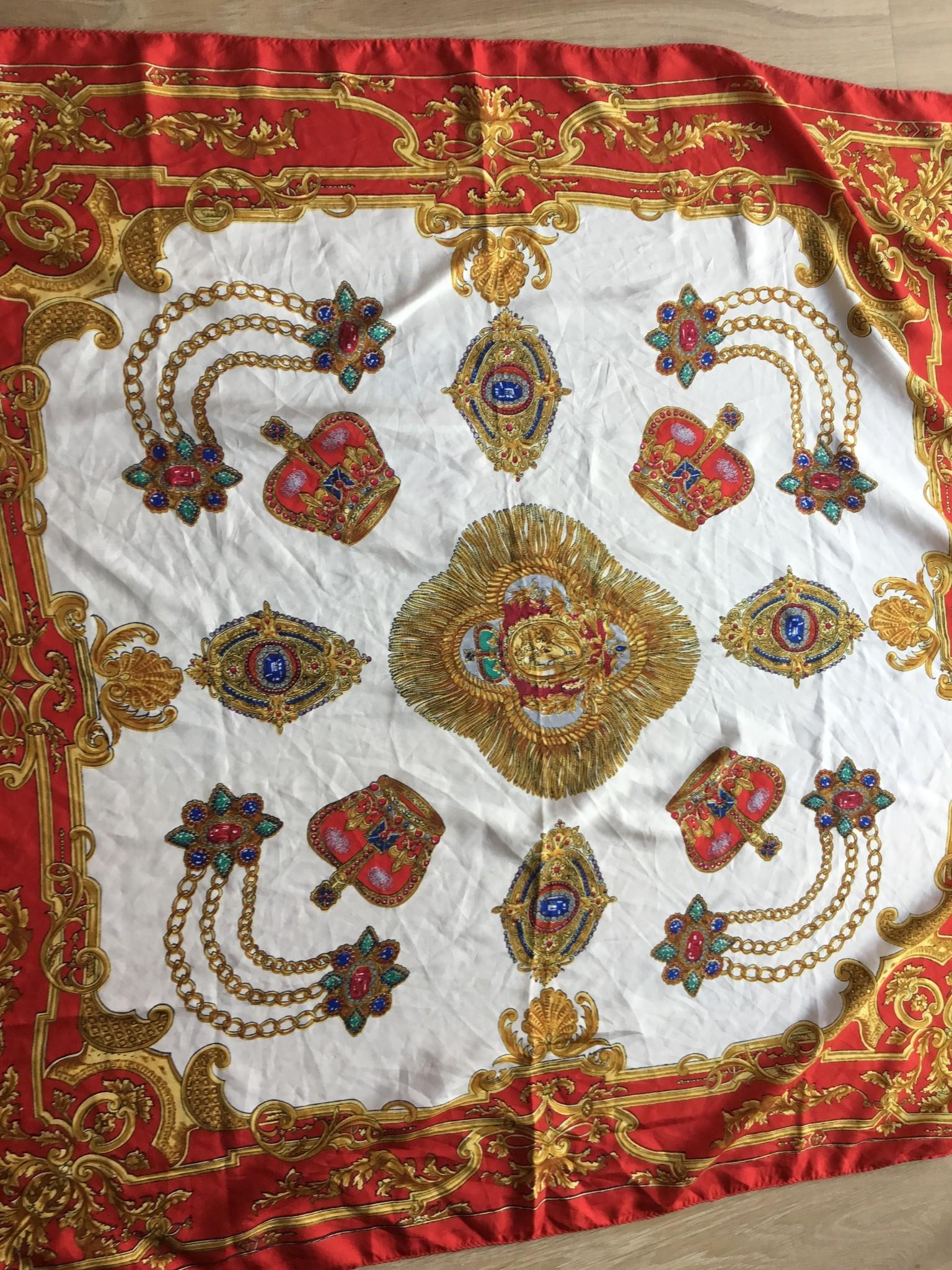 fabstyle Vintage zijden sjaal rood