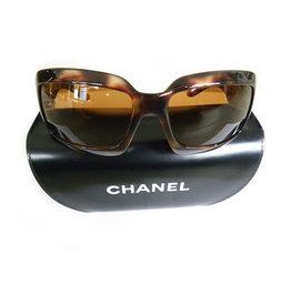 Chanel Chanel zonnebril bruin NIEUW