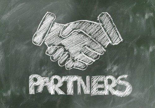 Freunde &  Partner