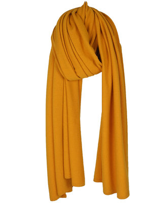 Travel Wrap Cosy Chic Warm Pantone Gold