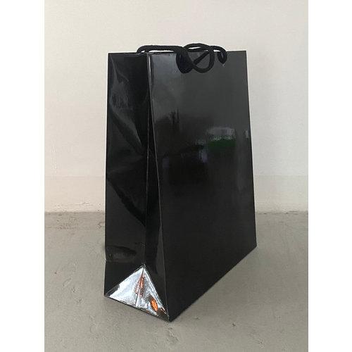 Paper Cadeau Bag Glossy Bag Black
