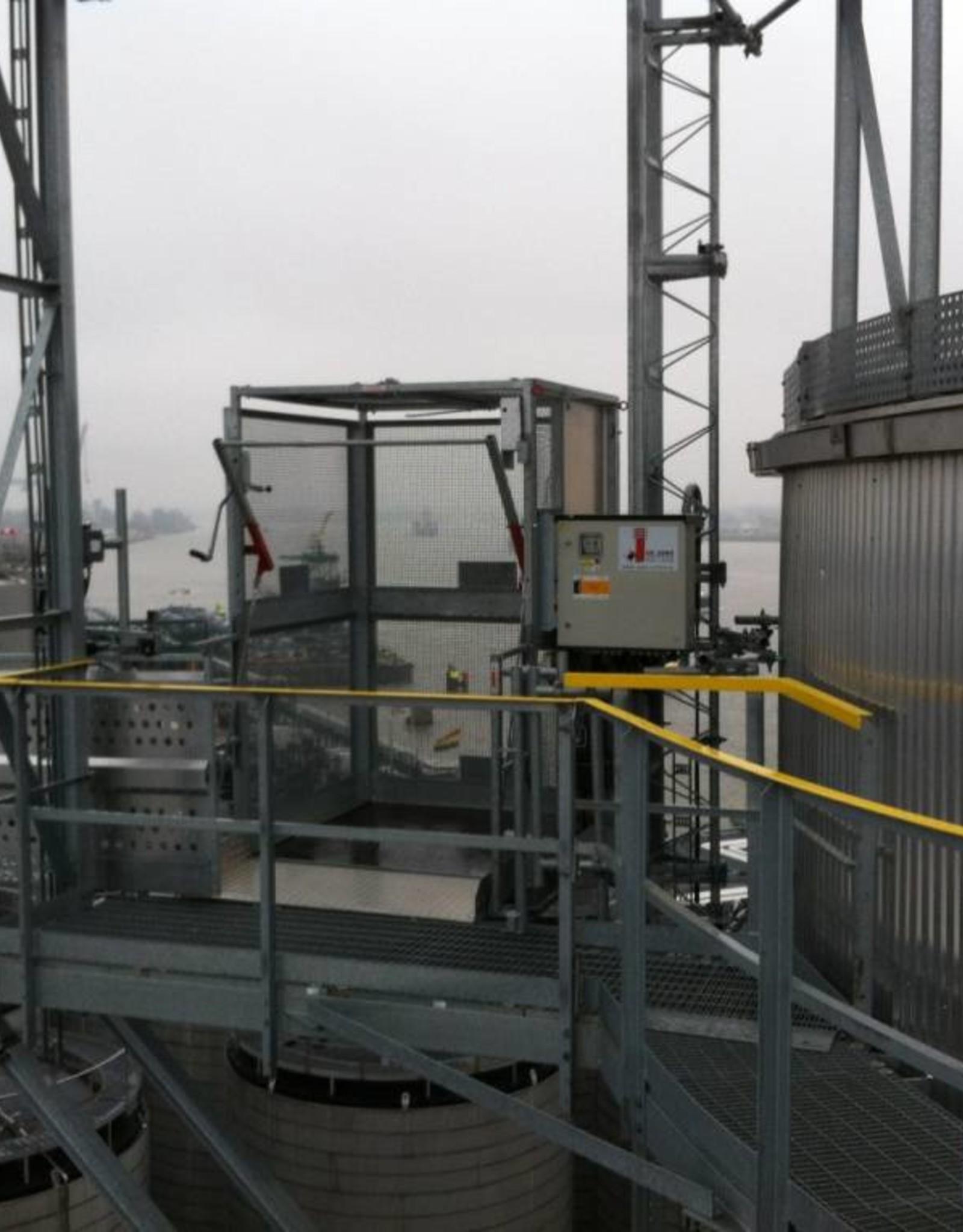 De Jong's PT500A Personen-/goederenlift