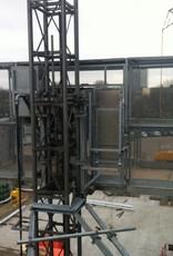 De Jong's PT2000A Personen-/goederenlift