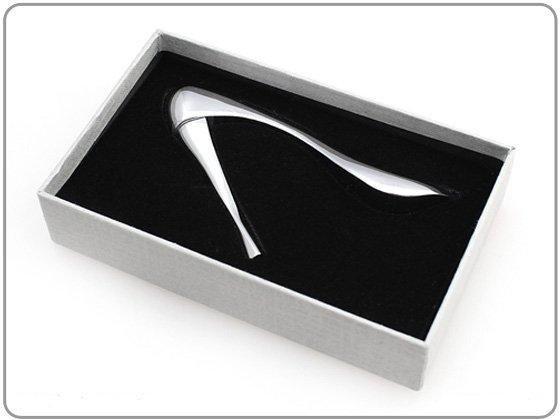 Magnetische paperclip/memohouder schoen
