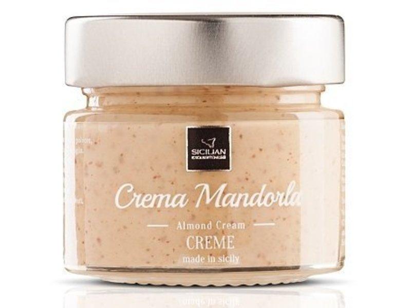 Daidone Amandel Creme, crema mandorla bereid met Siciliaanse amandelen