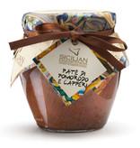 Siciliaanse tapenade gemaakt van tomaat en kappertjes