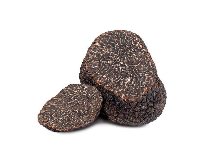 Truffelolie met stukjes echte zwarte truffel