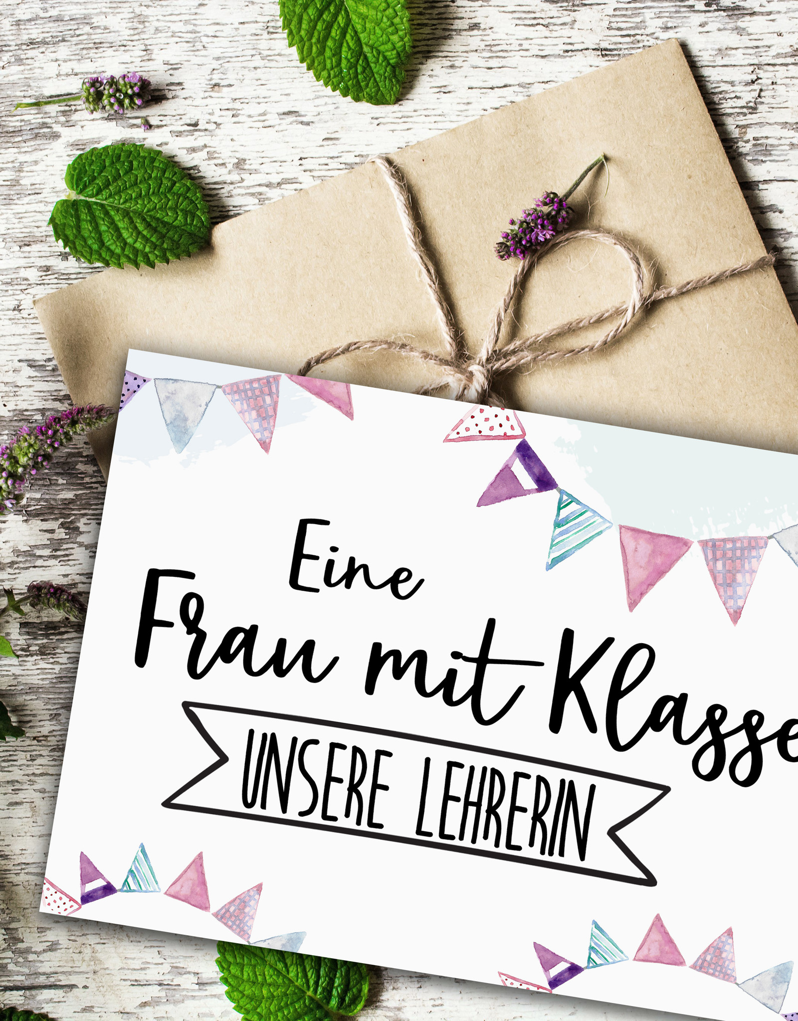 Postkarte Frau mit Klasse LEHRERIN Geschenk Postkarte