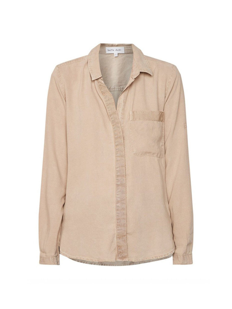Bella Dahl Bella Dahl blouse with blind button sand color