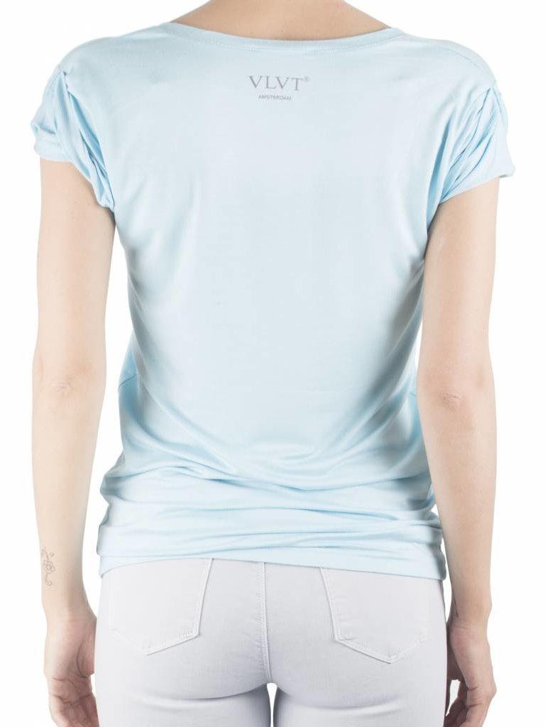 VLVT VLVT La vie est belle t-shirt lichtblauw