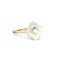 Morganne Bello Morganne Bello Ring with mini mother-of-pearl stone yellow gold