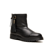 CHA classic low boots black