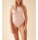 Body by Olcay Body By Olcay Basic Body mit Rundhalsausschnitt in zartem Pink