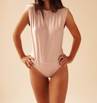 Body by Olcay Body By Olcay Padded shirt body soft pink