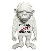 Van Apple Art Van Apple Art Street monkey beeld Follow your dreams