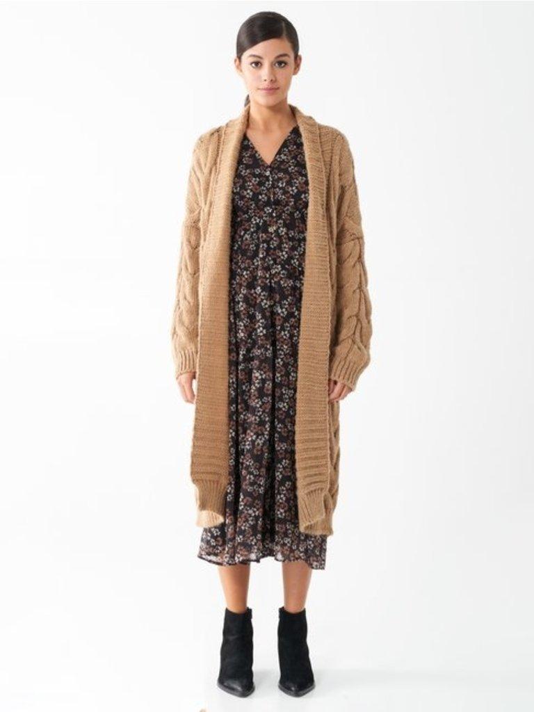 Rinascimento Rinascimento long knitted cardigan camel