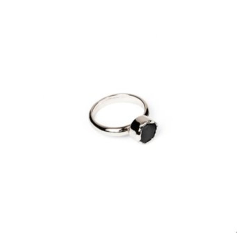 Round gemstone ring - Silver/ Black