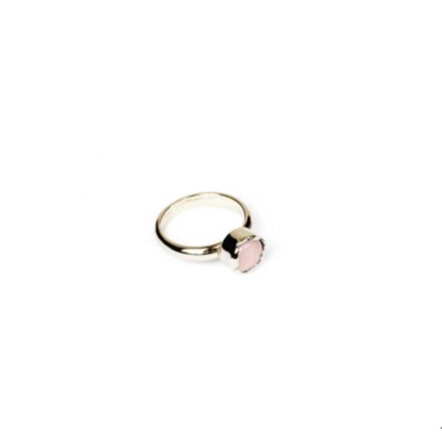 Round gemstone ring - Light gold/ Rose quartz