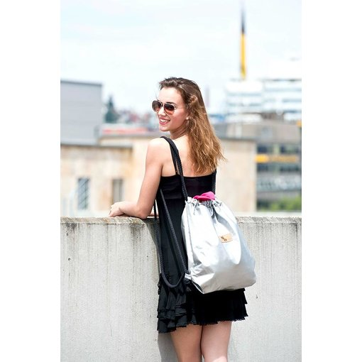 Disco Pearl - Gym bag with an integrated towel