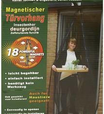 Insektengordijn met magnetische sluiting