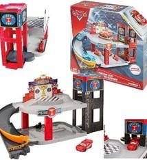 Mattel Disney Cars 3 Piston Cup Racing Garage Assorti