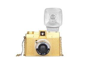 Lomography Diana F+ & Flash Gold