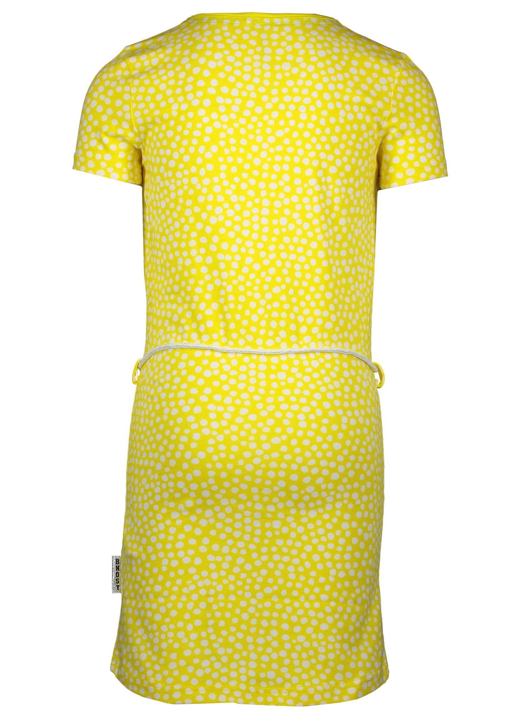 B.Nosy jurk maat 98