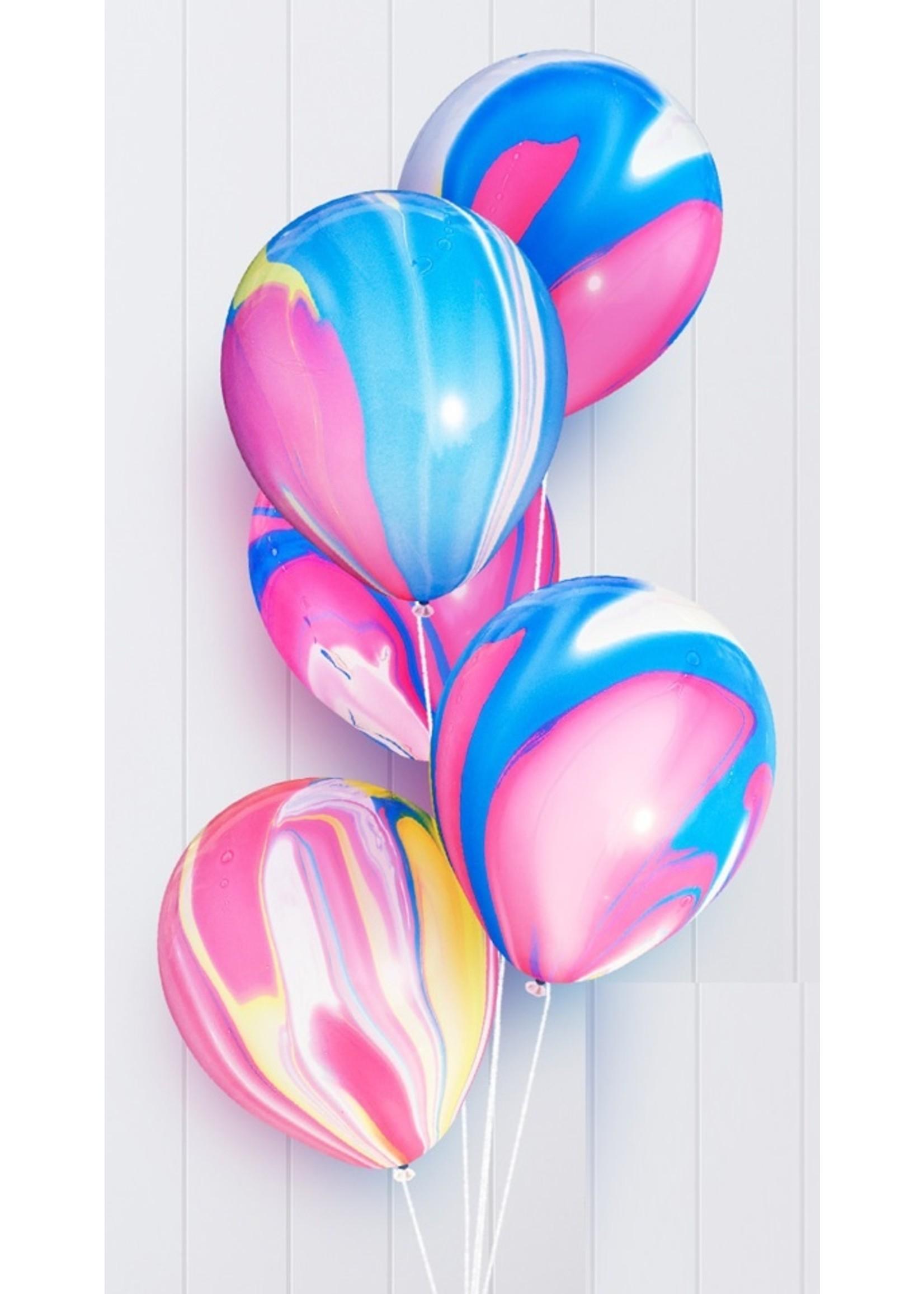 Annienas tie-dye ballon