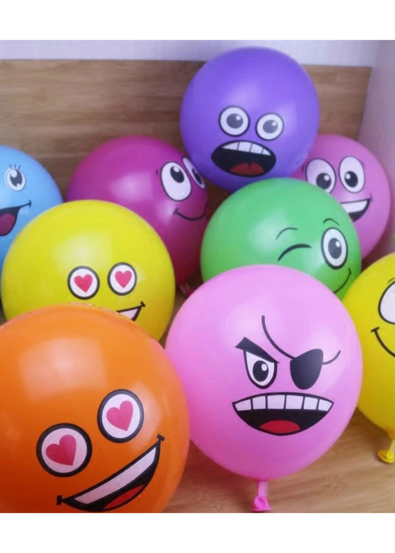 Annienas ballon met gek gezicht