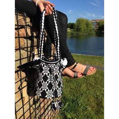 de ligny creations Haakpakket: Mochila Black and White (DLC-001)