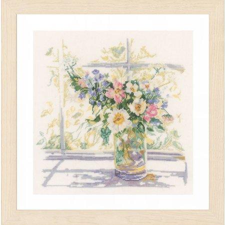 Vervaco Borduurpakket bloemen in zonlicht kaaslinnen
