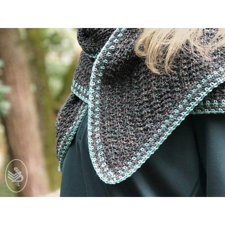 Durable Haakpatroon Into the Woods Shawl