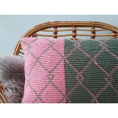 Durable Haakpatroon Botanical Pillow