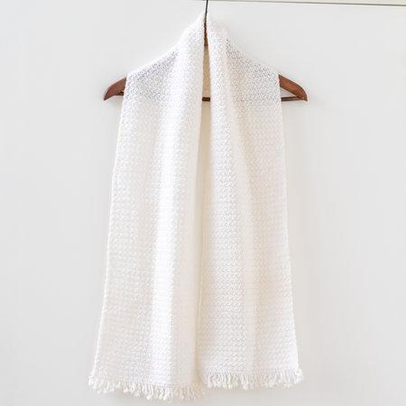 Caro's Atelier Haakpakket Sjaal met Franjes - Haak! by Daphne