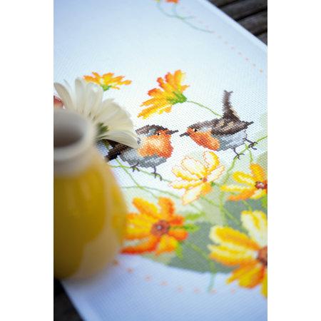 Vervaco Borduurpakket loper Aïda Roodborstjes met bloemen