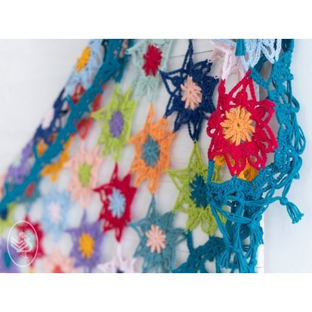 Durable Haakpatroon Colourful Cosy Flower Shawl